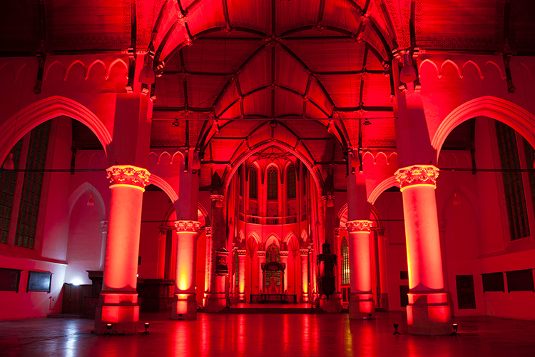 Grote Kerk The Hague colouring red on World TB Day