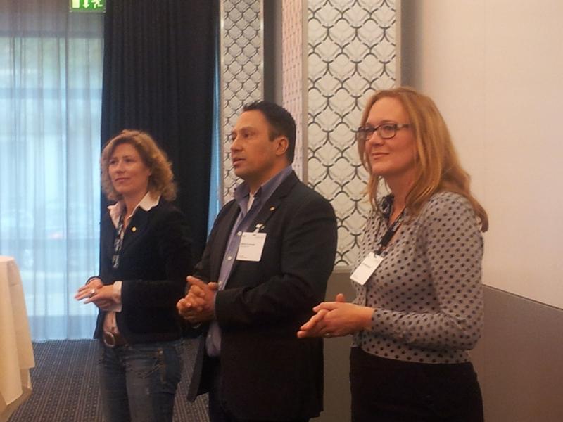 De drie voorzitters van de chapters bij het welkomstwoord: Gemmeke de Jongh, Hector Venegas en Annemiek Kuijsten