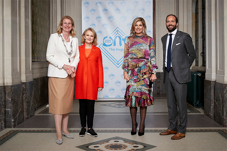 Koningin Máxima in het Vredespaleis voor One Young World The Hague