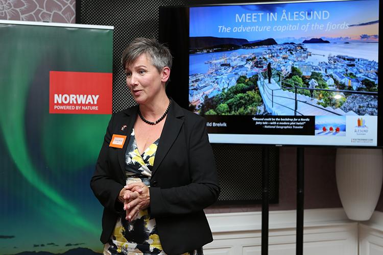 Oddhild Breivik, sales manager MICE van Ålesund Convention Bureau: 'Behalve prachtige architectuur ook een geweldige regio om te skiën of te hiken'