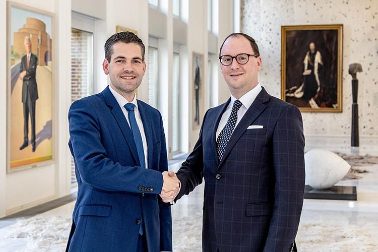 Gedeputeerde Joost van den Akker en MCB-directeur Jurgen Moors