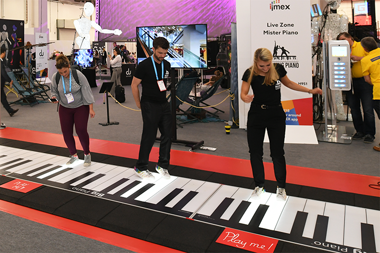 Play me floor piano on IMEX Frankfurt