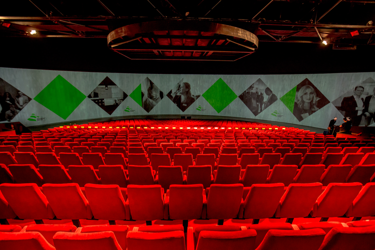 Theaterzaal Theater Hangaar