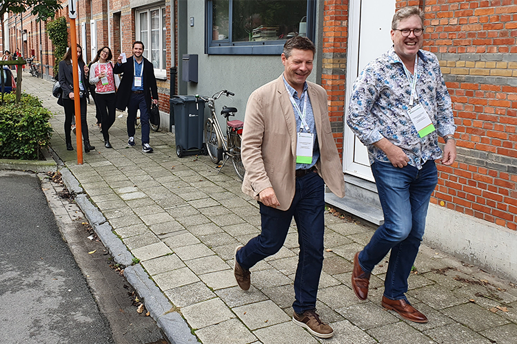 Walking delegates at the Fresh19 conference