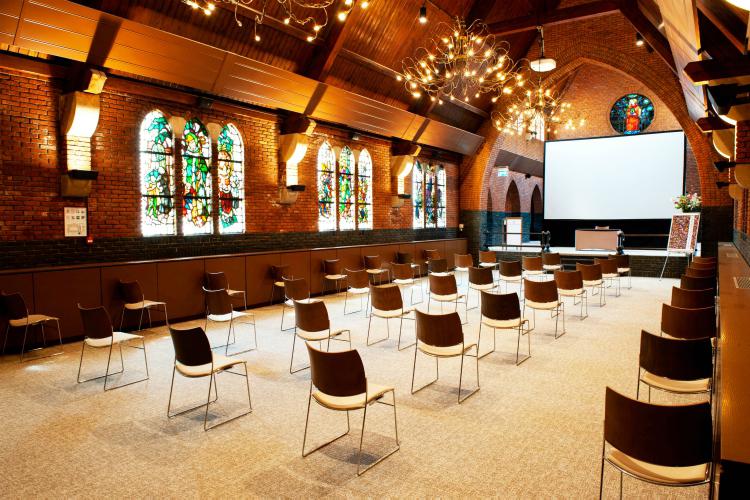 Steyl zaal - theater opstelling (4)