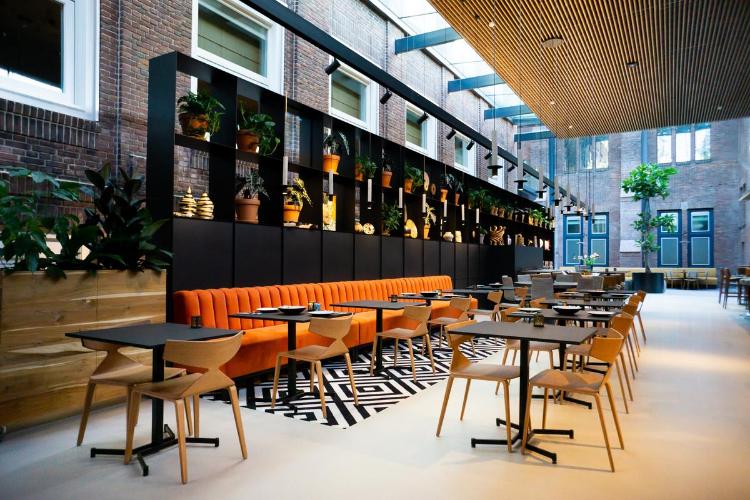 KonneKt restaurant Conferentiehotel Kontakt der Kontinenten