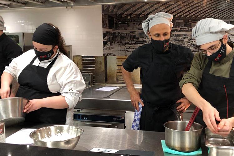 Les geven in de keuken van RAI Amsterdam